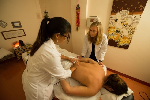 student acupuncture clinic